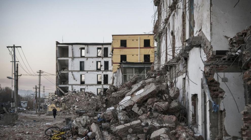 100-годишна сграда се срути в Аржентина и уби трима (СНИМКИ)