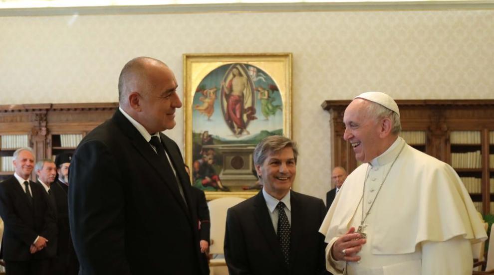 Борисов: Папата сложи в джоба си листче с ангажимент да посети България...