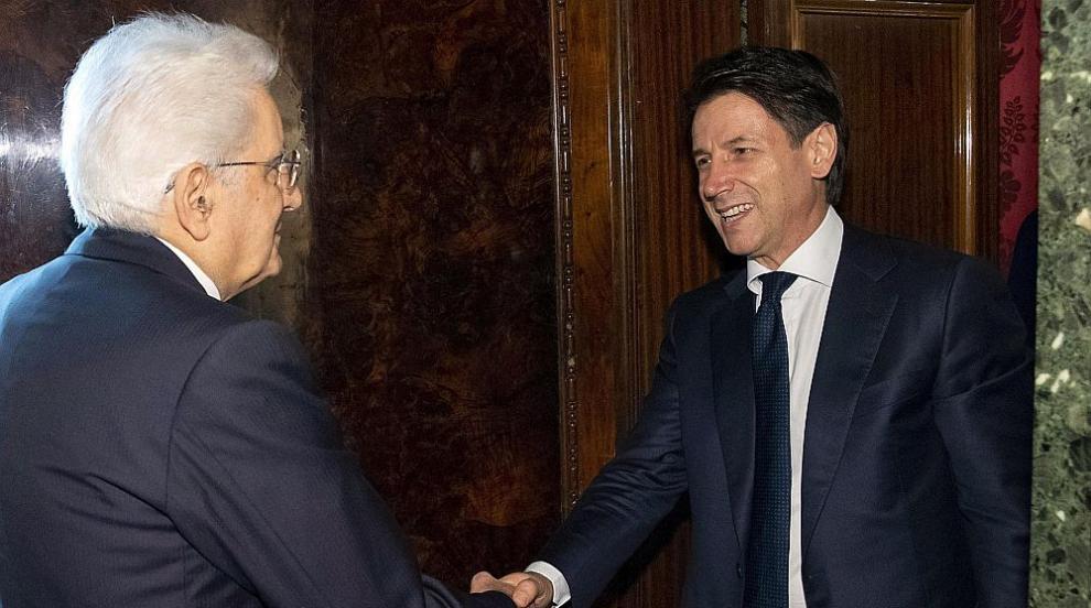 Номинираният за премиер на Италия върна на президента мандата за...