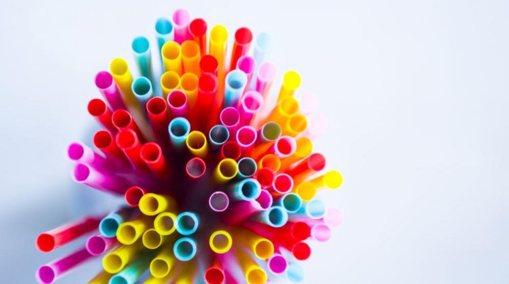 ЕП подкрепя решението за забрана на еднократните пластмасови изделия