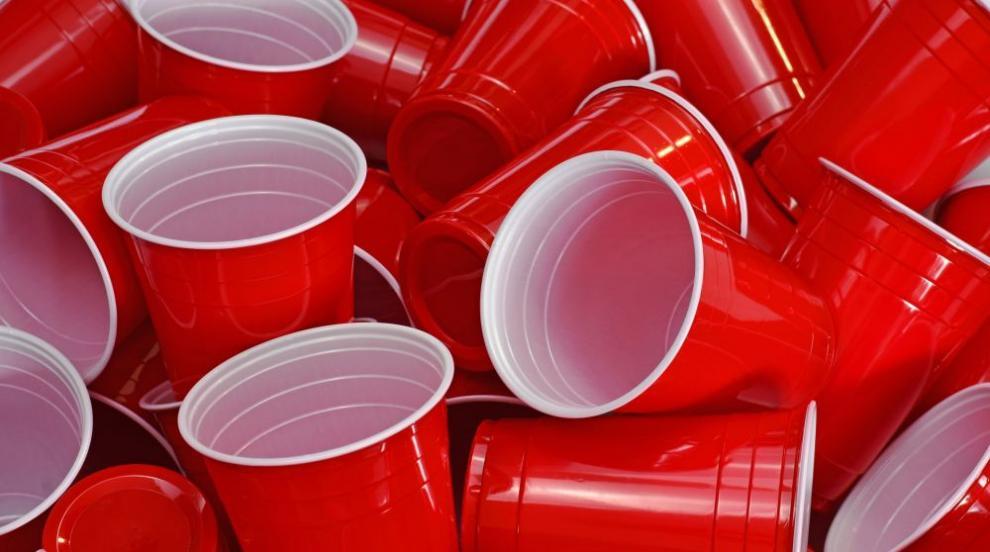 Международната общност: Да намалим пластмасовите изделия за еднократна...