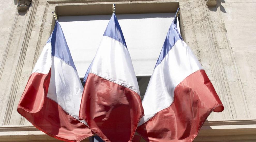 Властите в Париж евакуират лагер с мигранти
