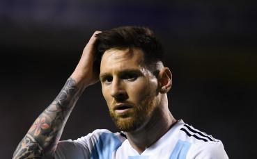 Аржентина 7 месеца преди Копа Америка - без Меси, без треньор, без посока...