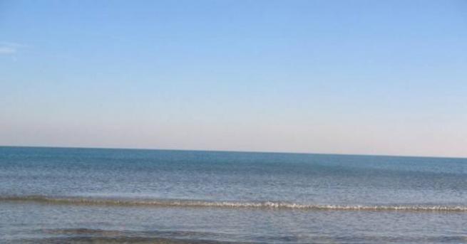 Предупреждение за повишени нива на радиация на плаж Вромос край