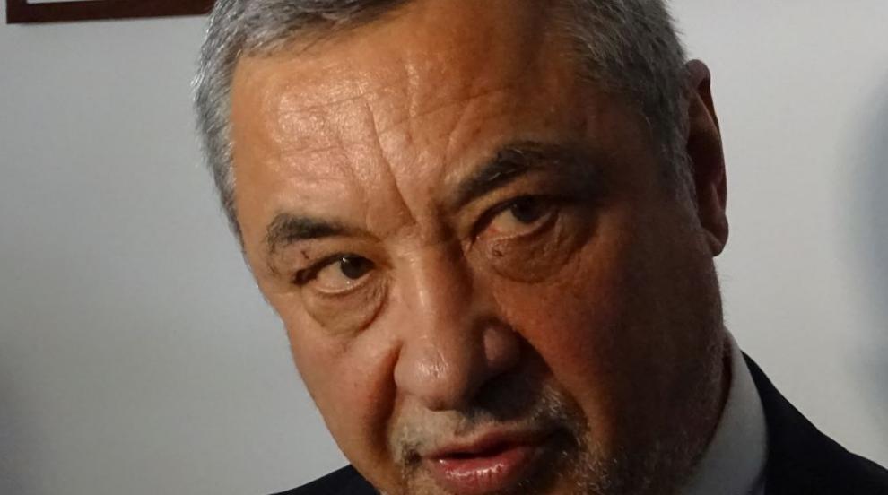 Симеонов защити подалата оставка зам.-министърка