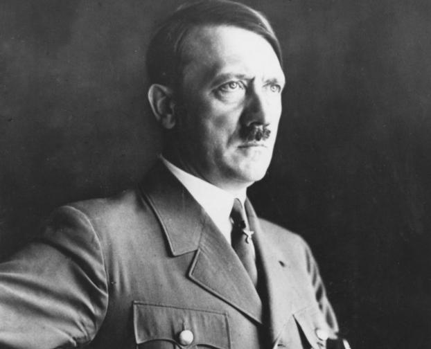Възходът на Хитлер. В стиха се казва, че от дълбините на запада, в едно бедно семейтво, ще се роди момиче, което с думите си ще поведе войска на Изток. Излишно е да споменаваме пресечните точки с биографията на Хитлер.