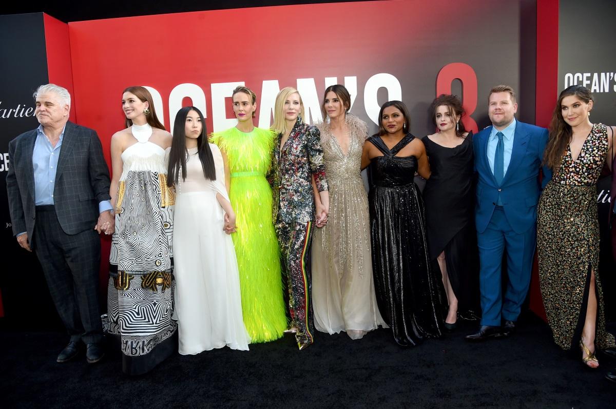 """Куп знаменитости присъстваха на премиерата на филма """"Бандитките на Оушън 8"""" в Ню Йорк."""
