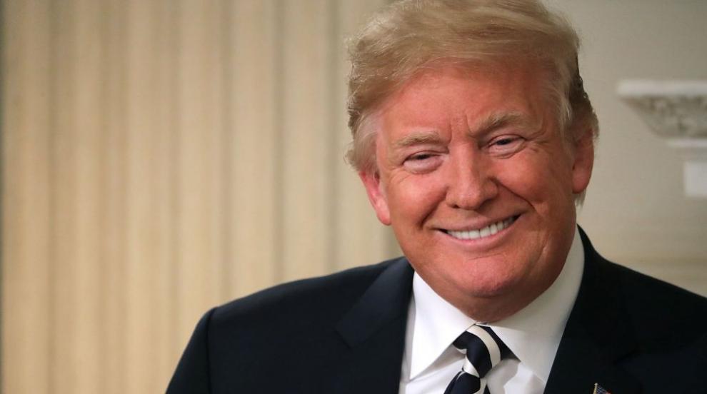 Тръмп онагледи със снимки впечатлението си как е протекла срещата на Г-7