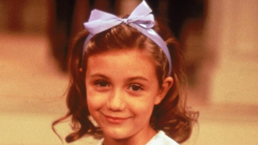 """Помните ли малката Грейс от """"Гувернантката""""? Ето как се промени"""