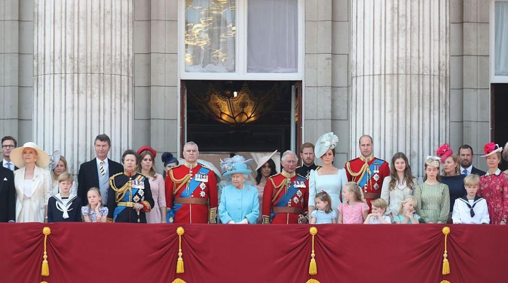 Отбелязаха рождения ден на Елизабет II, Меган присъства за първи път (СНИМКИ)