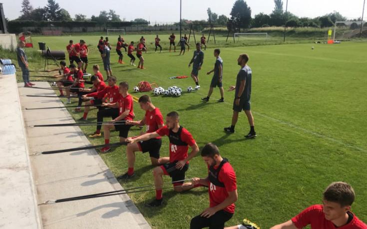 ЦСКА с група от 25 играчи на лагера в Тетевен