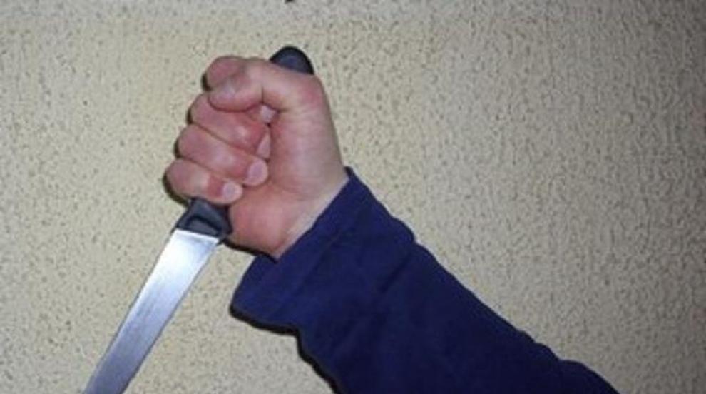 Мъж е намушкан с нож в джамия в Северен Лондон (ВИДЕО/СНИМКИ)