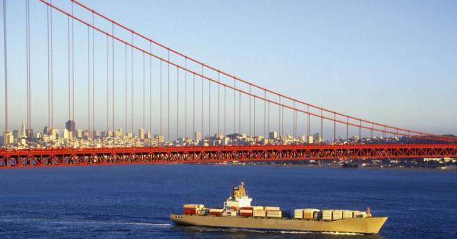 Мостът Голдън гейт е международно признат символ на Сан Франциско