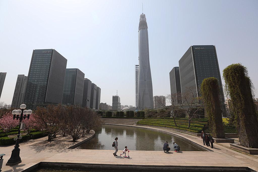Tianjin CTF Finance Centre в Тианджин, Китай: 530 метра завършване през 2018 г.