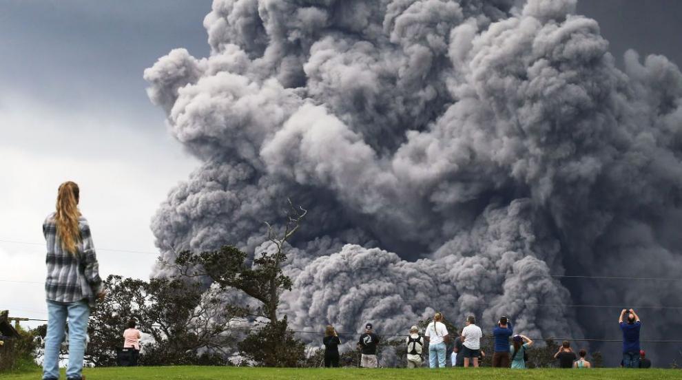 Вулканът Килауеа започна да сипе скъпоценни камъни