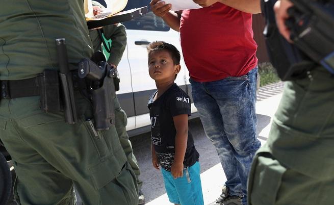 2000 деца-мигранти отделени от семействата си заради реформата на САЩ