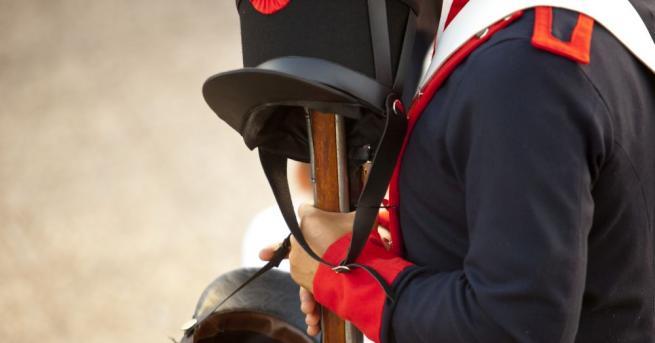 Двурога шапка, намерена след битката при Ватерло, за която се