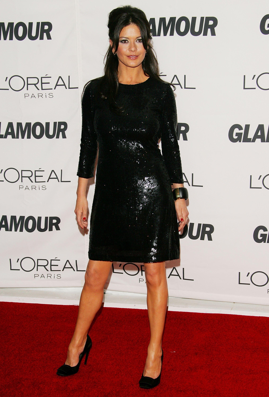 Катрин Зита Джоунс облече тази красива черна рокря за първи път през 2006 г.