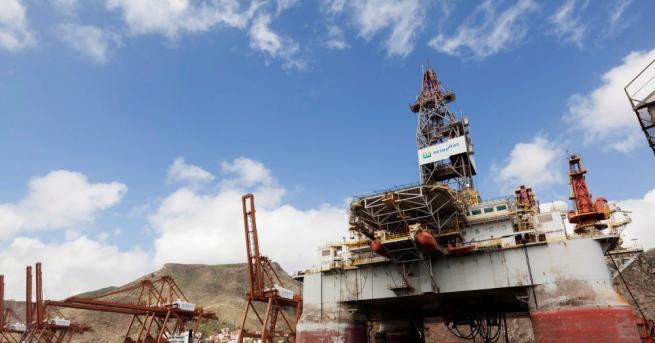 Русия и Саудитска Арабия ще предложат увеличаване на добива на