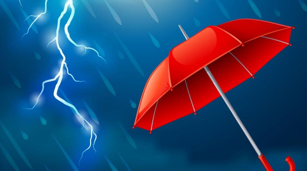 Предупреждават за валежи през нощта, в събота - по-хладно и ветровито