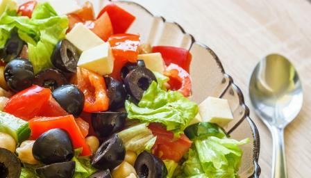 Средиземноморската диета се оказа полезна и за слуха