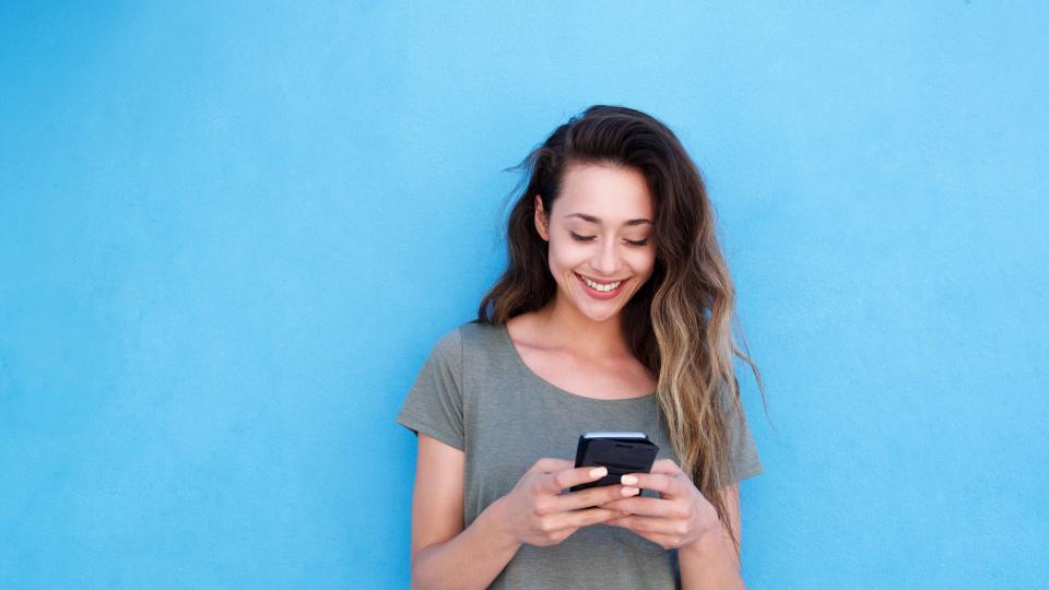 мобилен телефон смартфон жена