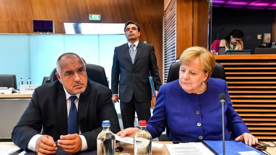 Борисов пред Меркел: Справянето с пандемията е невъзможно без съвместни усилия