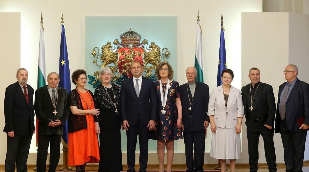 Радев удостои с държавни отличия Христо Мутафчиев и още 8 дейци на културата