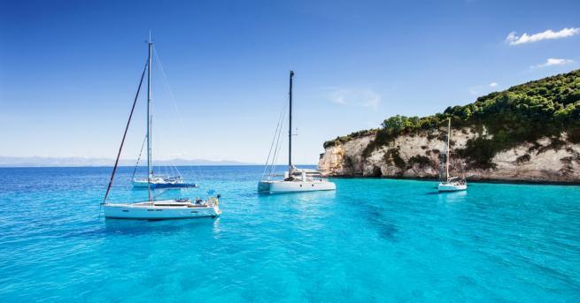 Средиземноморието е топ дестинация и привлича много туристи. Но все