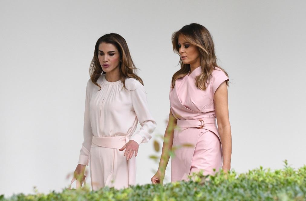 Двете дами се срещнаха в Белия дом. Кралското семейство на Йордания е на официално посещение в САЩ.