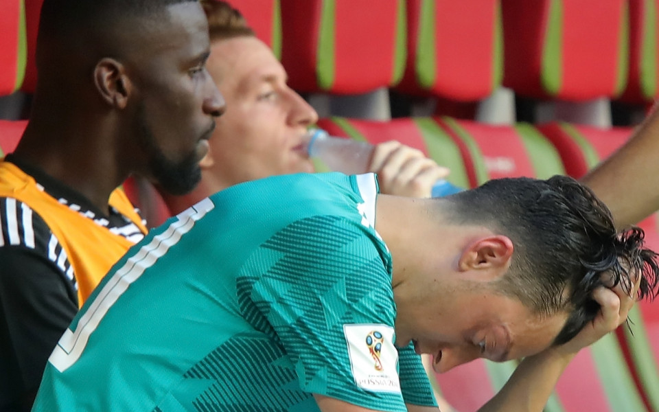 Полузащитникът на Арсенал - Месут Йозил не съжалява за решението