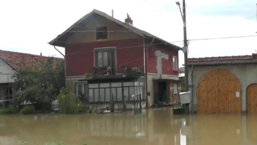 Първа жертва на наводненията в България