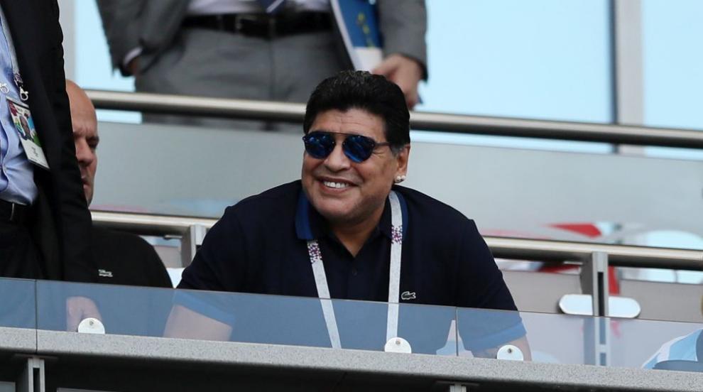 Диего Марадона на 60: За дрогата, за Меси, за...