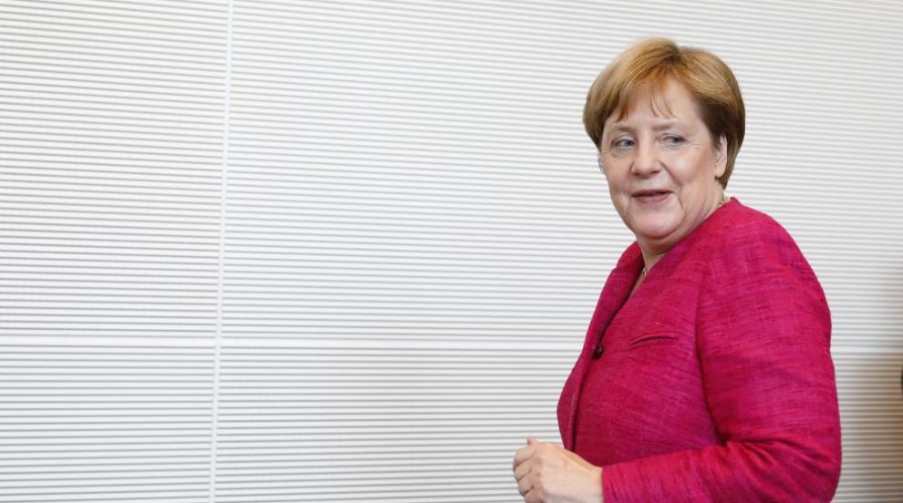Меркел ще получи нов официален самолет - обновен, но втора ръка