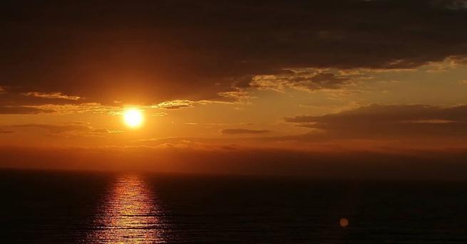 Изгревът на слънцето над светилището на Кибела при Зайчи връх