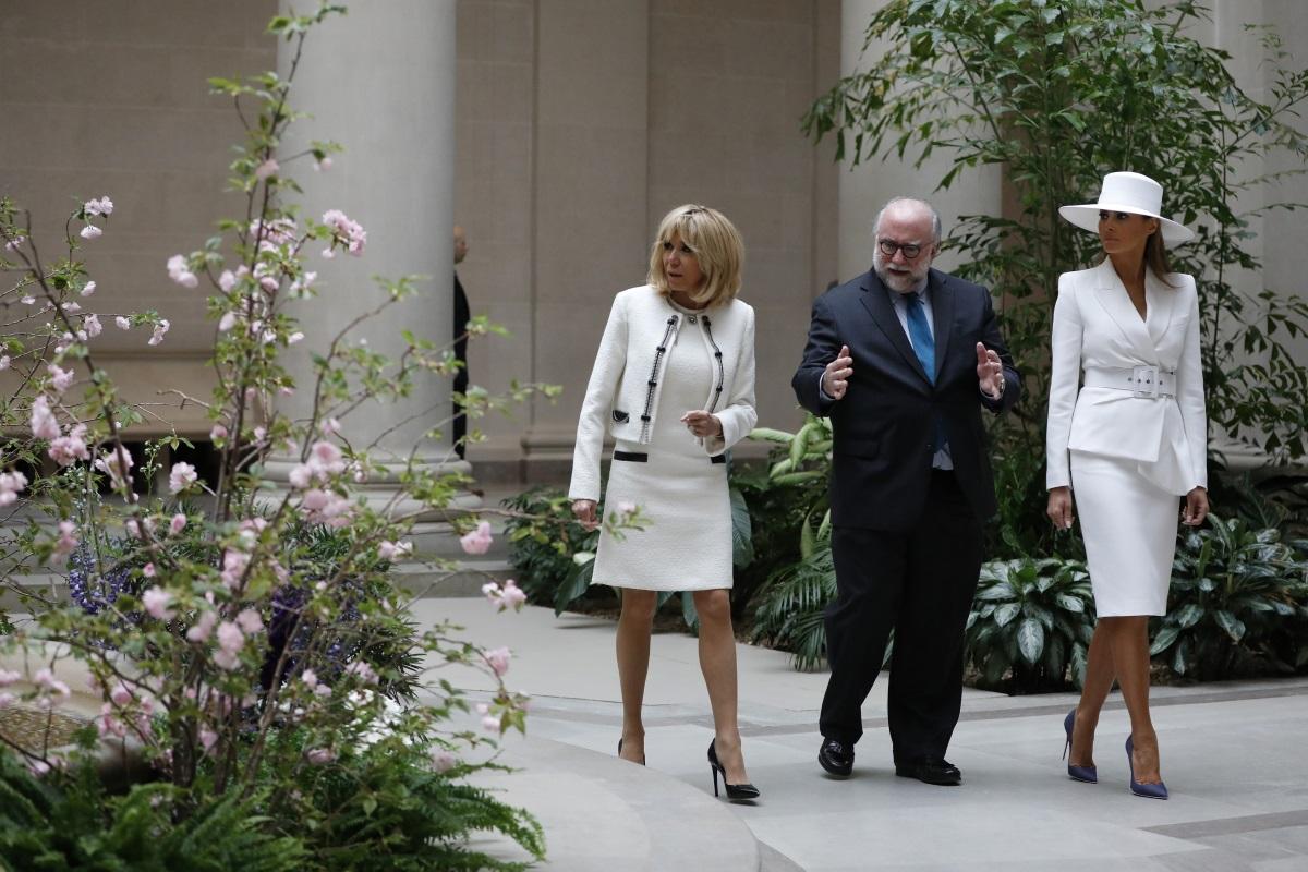 На разходка с Мелания Тръмп в Националната галерия на изкуствата във Вашингтон.