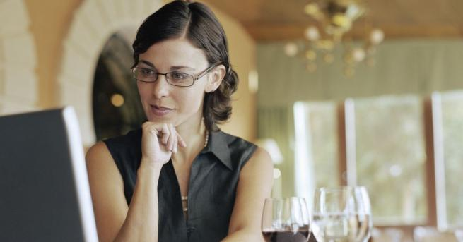 Оказва се, че хората с висок коефициент на интелигентност пият