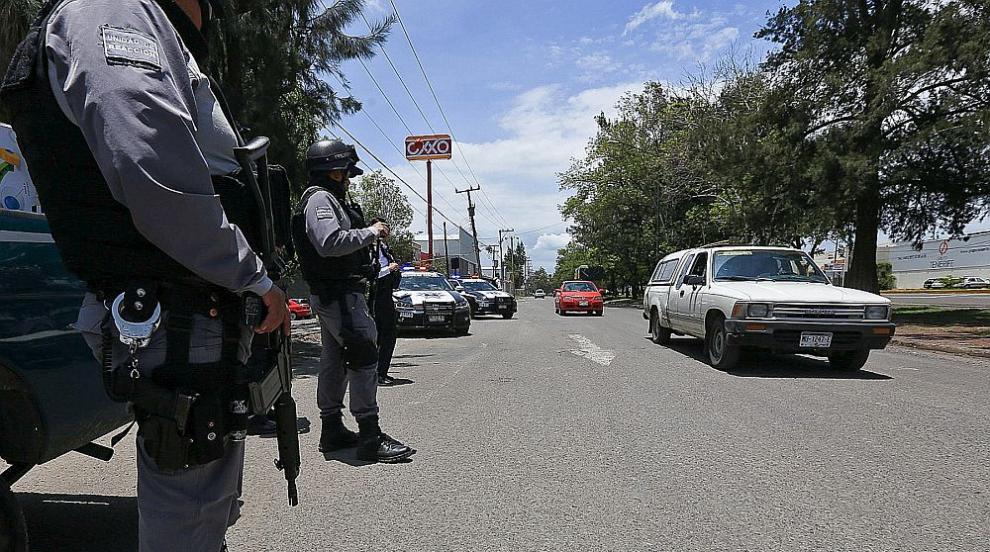 Най-малко 19 загинали и десетки ранени при два взрива във фабрика за...
