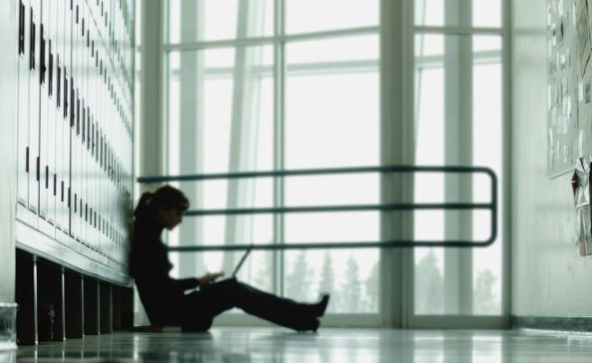 Как да предпазим децата си от опасните игри в интернет