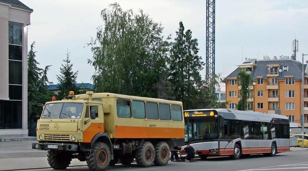 Ще тръгне ли отново по улиците в столицата хибридният автобус?