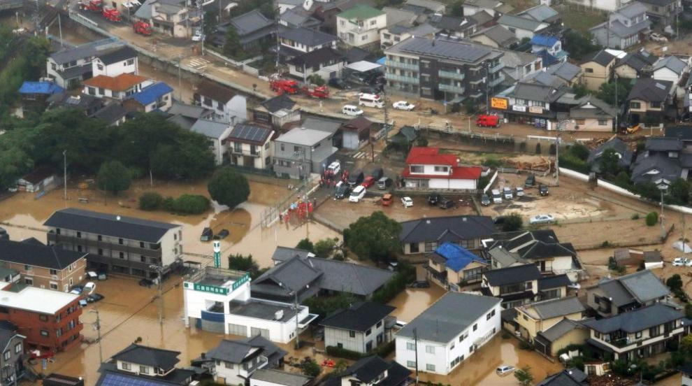 Няма данни за пострадали българи при наводненията в Япония