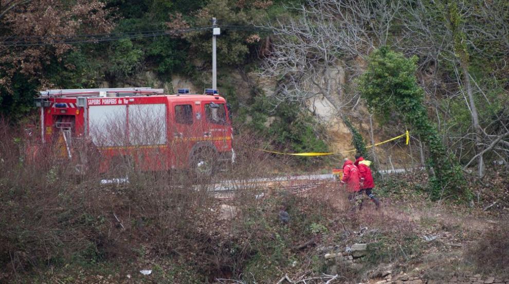 Изтребител се разби на авиошоу в Румъния (СНИМКИ)
