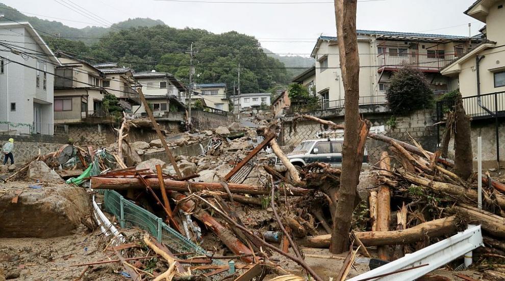 Катастрофалните наводнения в Япония са отнели живота на близо 200 души