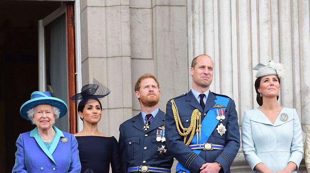 Внуците на кралица Елизабет не забравиха рождения й...