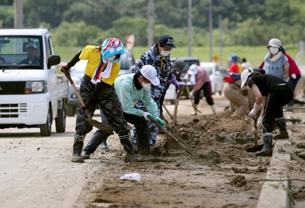 наводненията и свлачищата в Япония