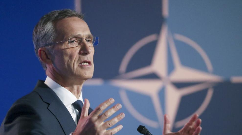 НАТО ще отправи покана за членство към Македония