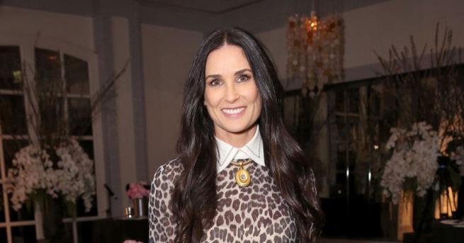 Деми Мур има връзка със сръбската стилистка Маша Мандзука от