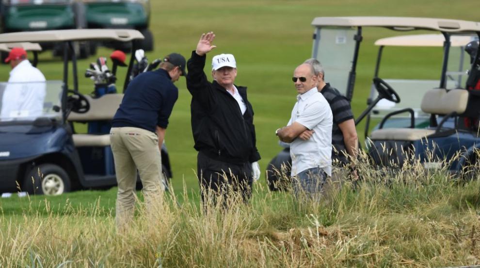 Доналд Тръмп мечтае за голф в Шотландия (СНИМКИ/ВИДЕО)