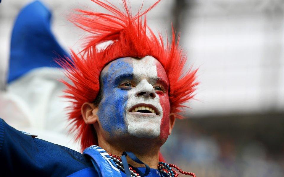 Портите на рая се отвориха за феновете на Франция