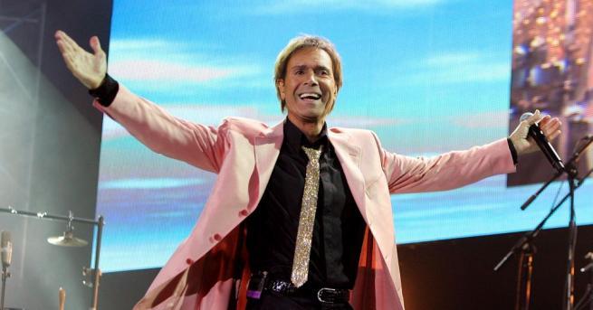 Британският певец Клиф Ричард спечели съдебно дело срещу радиотелевизионната компания